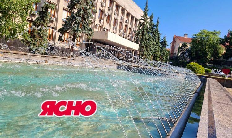 В Ужгороді нарешті запустили фонтан на Поштовій